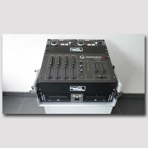 Pro Rental rodec mixer en Denon CD speler